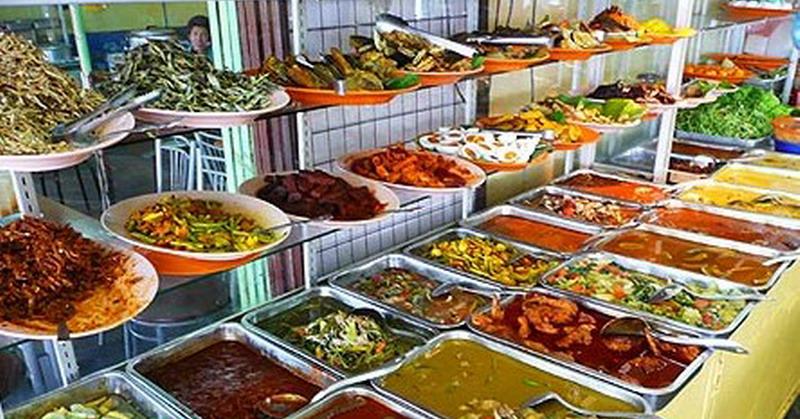 https: img.okezone.com content 2021 07 25 320 2445744 bisnis-makanan-halal-menjanjikan-selama-pandemi-UUIgItq24D.jpg