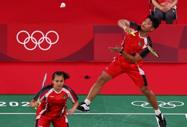 https: img.okezone.com content 2021 07 25 40 2445625 hasil-bulu-tangkis-olimpiade-tokyo-2020-praveen-melati-menang-dramatis-atas-wakil-denmark-1DCCrsLLP3.jpg