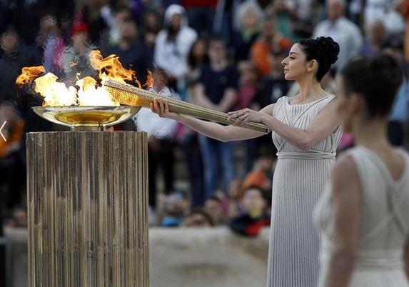 https: img.okezone.com content 2021 07 25 43 2445592 kisah-olimpiade-kuno-2-400-tahun-lalu-tampil-telanjang-disaksikan-perempuan-lanjang-hingga-hadapi-cuaca-ekstrem-tHQvk4DggU.jpg