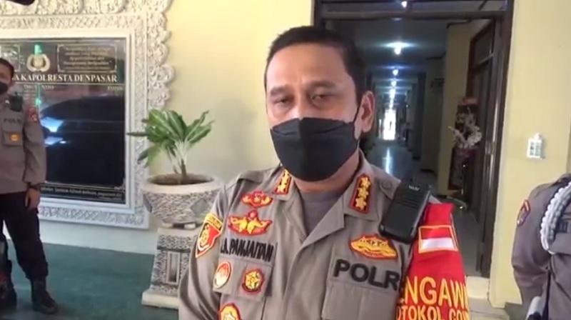 https: img.okezone.com content 2021 07 26 244 2446144 pria-di-denpasar-tewas-dianiaya-debt-collector-polisi-bakal-tindak-pihak-leasing-Zr89STuQ0p.jpg
