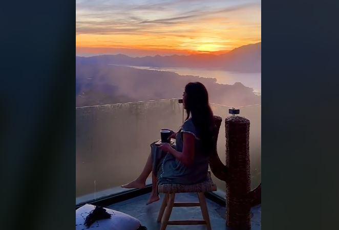 https: img.okezone.com content 2021 07 26 406 2445875 tiktoker-pamer-keindahan-sunrise-di-kintamani-warganet-pesona-bali-luar-biasa-KjSDqOv3wP.JPG