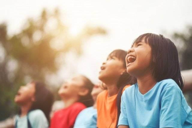 https: img.okezone.com content 2021 07 26 481 2445955 selama-pandemi-anak-indonesia-kurang-gerak-dan-rendah-paparan-matahari-d15LREWI8V.jpg
