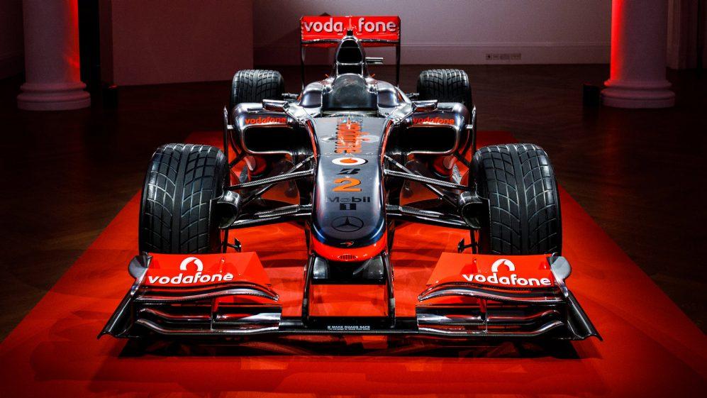 https: img.okezone.com content 2021 07 26 52 2446270 5-mobil-formula-1-termahal-sepanjang-sejarah-yang-pernah-dilelang-IdQo0NKqNJ.jpg