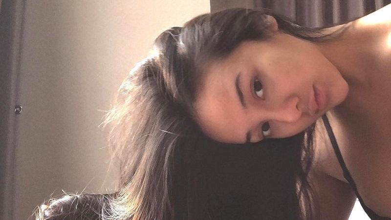 https: img.okezone.com content 2021 07 26 612 2446148 pose-anya-geraldine-di-ranjang-bikin-netizen-penasaran-netizen-sayang-lagi-ngapain-SbzA60OZxG.jpg