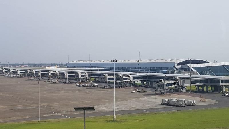 https: img.okezone.com content 2021 07 27 320 2446592 9-anak-usaha-bumn-siap-integrasikan-layanan-bandara-dari-tiket-hingga-parkiran-MC4BWe3qIE.jpg
