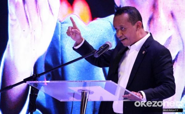 https: img.okezone.com content 2021 07 27 320 2446813 realisasi-investasi-rp233-triliun-bahlil-sebut-dunia-sudah-rasakan-mudahnya-izin-di-indonesia-IryhII35PQ.jpg
