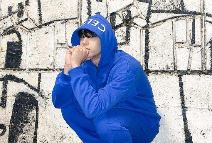 https: img.okezone.com content 2021 07 27 33 2446904 mimpi-lee-do-hyun-ingin-jadi-aktor-seperti-song-kang-ho-dan-lee-byung-hun-KUoa8K1Ucs.jpg