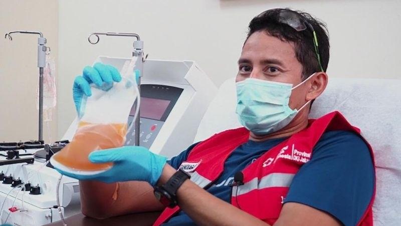 https: img.okezone.com content 2021 07 27 481 2446958 pmi-selain-pasien-covid-19-donor-plasma-konvalesen-bermanfaat-bagi-penyintas-YkVm5ePuT8.jpg