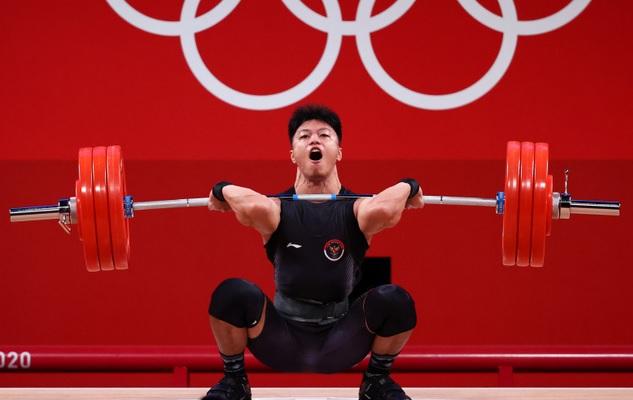 https: img.okezone.com content 2021 07 28 43 2447396 juara-grup-b-lifter-rahmat-erwin-abdullah-semoga-saya-sumbang-medali-di-oiimpiade-tokyo-2020-UCVnXe1Z4S.jpg