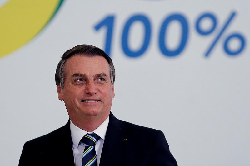 https: img.okezone.com content 2021 07 30 18 2448476 takut-dicurangi-presiden-brasil-minta-pemilu-2022-digelar-pakai-kertas-yVEu2h61pf.JPG