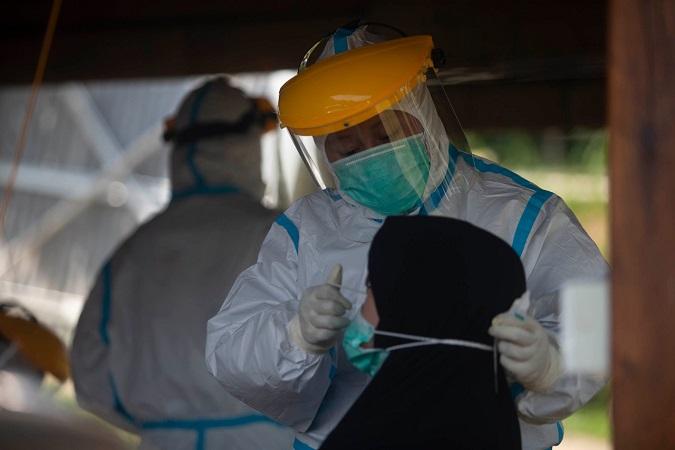 https: img.okezone.com content 2021 07 30 330 2448690 musibah-pandemi-covid-19-mengguncang-dunia-begini-yang-harus-dilakukan-muslim-MaTfgizwDF.jpg