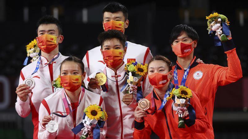 https: img.okezone.com content 2021 07 30 43 2448579 klasemen-sementara-perolehan-medali-olimpiade-tokyo-2020-jumat-30-juli-2021-puku-17-00-wib-china-makin-kukuh-di-puncak-YBpqaqfiaK.JPG