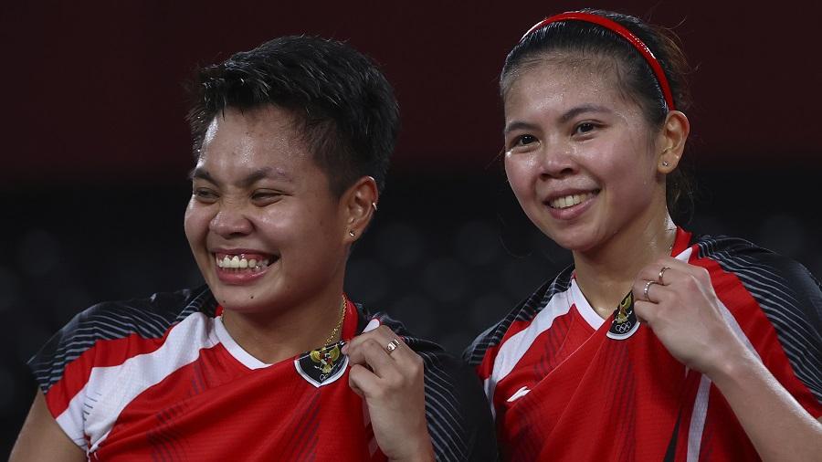 https: img.okezone.com content 2021 07 31 40 2448809 tembus-final-olimpiade-tokyo-2020-greysia-polii-apriyani-rahayu-ukir-sejarah-untuk-indonesia-oCCfo9ICZF.jpg