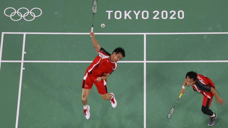 https: img.okezone.com content 2021 07 31 43 2449036 klasemen-sementara-perolehan-medali-olimpiade-tokyo-2020-sabtu-31-juli-2021-pukul-22-00-wib-indonesia-terlempar-dari-50-besar-USiCII2ycM.JPG