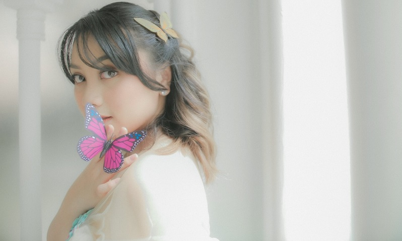 https: img.okezone.com content 2021 08 01 205 2449240 gandeng-andre-dinuth-azka-idol-rilis-single-perdananya-butterfly-ivGmVbjxaA.jpeg