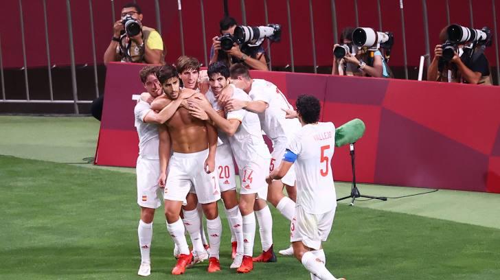 https: img.okezone.com content 2021 08 03 51 2450425 kalahkan-tuan-rumah-jepang-spanyol-ke-final-sepakbola-olimpiade-tokyo-2020-euVn3Vs3Ux.jpg