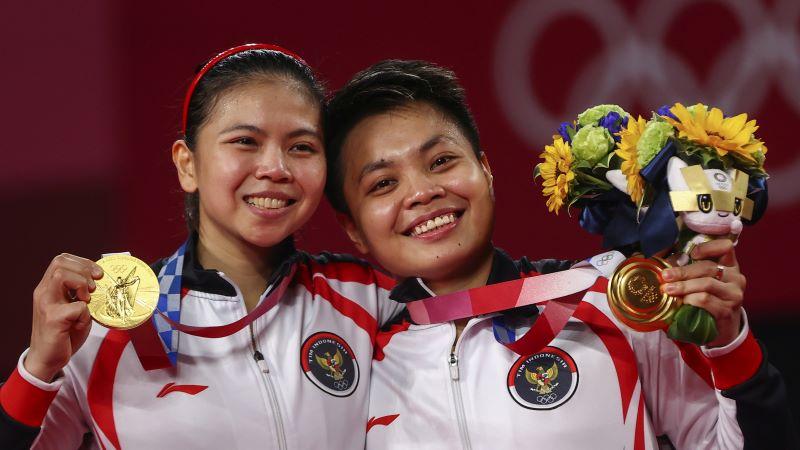 https: img.okezone.com content 2021 08 04 40 2450669 dukungan-masyarkat-indonesia-jadi-alasan-gresyia-apriyani-bisa-rebut-medali-emas-di-olimpiade-tokyo-2020-fdUKYpcY1g.JPG