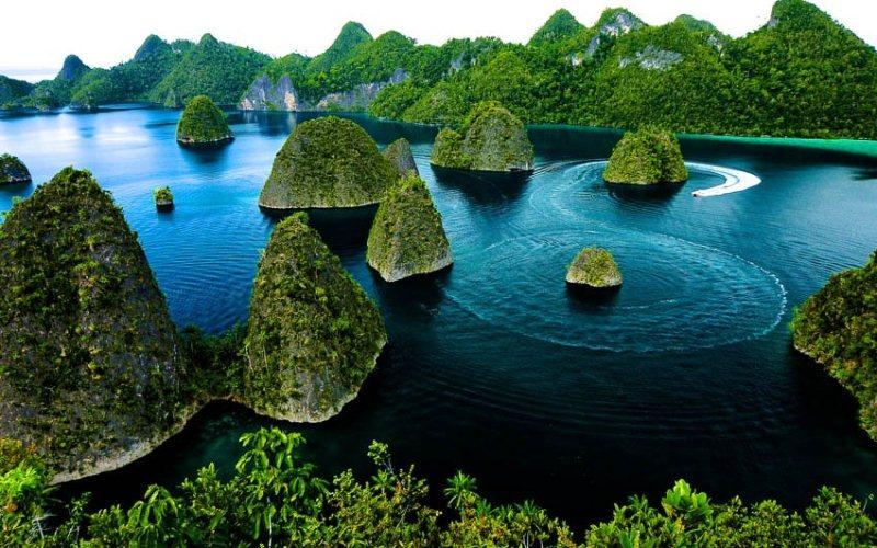 https: img.okezone.com content 2021 08 04 406 2450509 pariwisata-indonesia-bisa-dibuka-asal-menyesuaikan-keadaan-YEghiI9Hwn.jpg