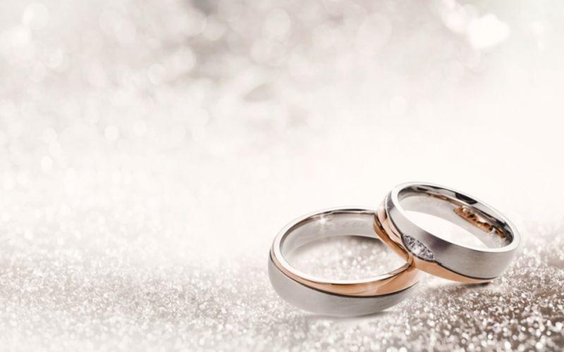 https: img.okezone.com content 2021 08 05 330 2451217 suami-selingkuh-dengan-sesama-jenis-bagaimana-sikap-istri-ao0fcbWUz3.jpg