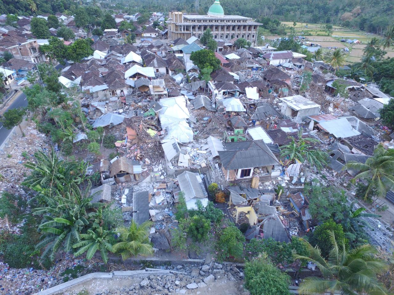 https: img.okezone.com content 2021 08 05 337 2451206 tiga-tahun-gempa-besar-ntb-melihat-pembangunan-kembali-kota-yang-luluh-lantak-Sa55IohHJS.jpg