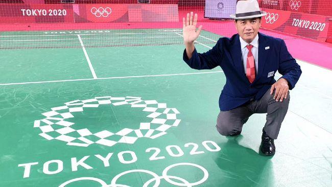 https: img.okezone.com content 2021 08 05 40 2451220 mengenal-wahyana-wasit-indonesia-yang-pimpin-partai-final-tunggal-putri-bulu-tangkis-olimpiade-tokyo-2020-8WzYIYdTat.jpeg