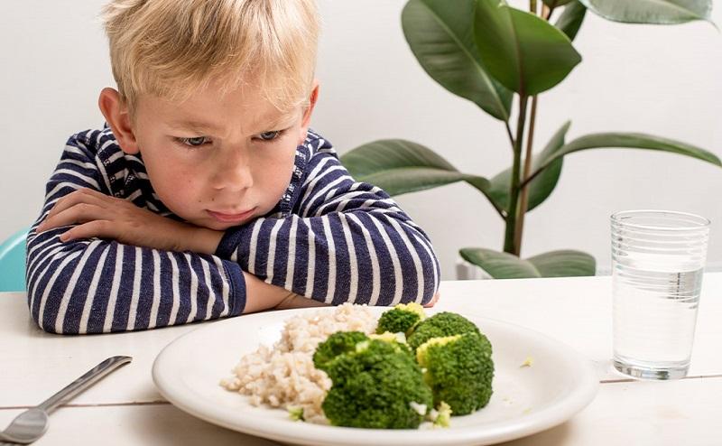 https: img.okezone.com content 2021 08 07 298 2452293 anak-ogah-makan-karena-anosmia-ini-cara-mengatasinya-u3yFDMWbSK.jpg