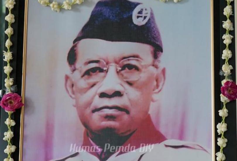 https: img.okezone.com content 2021 08 07 337 2452505 sri-sultan-hamengku-buwono-ix-sosok-orangtua-yang-demokratis-IUFn4ArD2u.jpg