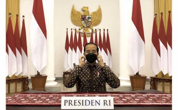 https: img.okezone.com content 2021 08 09 320 2453055 jokowi-buah-indonesia-harus-berdaya-saing-dan-harga-kompetitif-9SyodWA8LD.jpg