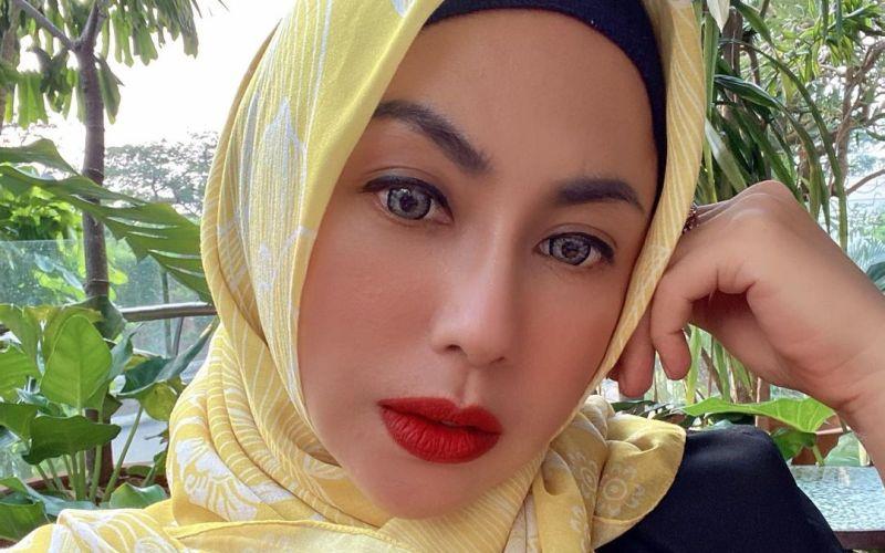 https: img.okezone.com content 2021 08 12 33 2454752 pesona-heidy-sunan-ibunda-salmafina-dikira-ariel-tatum-netizen-secantik-barbie-VukhReyeAt.jpg