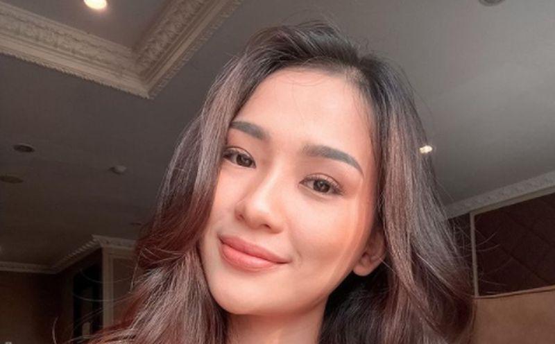 https: img.okezone.com content 2021 08 12 33 2454794 terbius-kecantikan-evelina-witanama-miss-olivia-ikatan-cinta-netizen-saya-kira-malaikat-GQlakCcii1.jpg