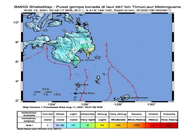 https: img.okezone.com content 2021 08 12 340 2454371 warga-kepulauan-talaud-sulawesi-utara-tak-panik-saat-gempa-m-7-1-terjadi-M0gR4EzjyL.jpg