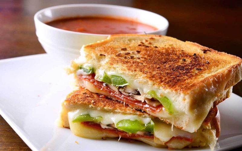 https: img.okezone.com content 2021 08 13 298 2455115 yuk-bikin-kaya-toast-ala-rumahan-dijamin-rasanya-enak-seperti-buatan-kafe-kAbAw5ultC.jpg