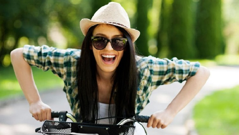 https: img.okezone.com content 2021 08 13 481 2455198 manfaat-bersepeda-olahraga-yang-baik-untuk-kesehatan-fisik-dan-mental-laSD5A5kYH.jpg