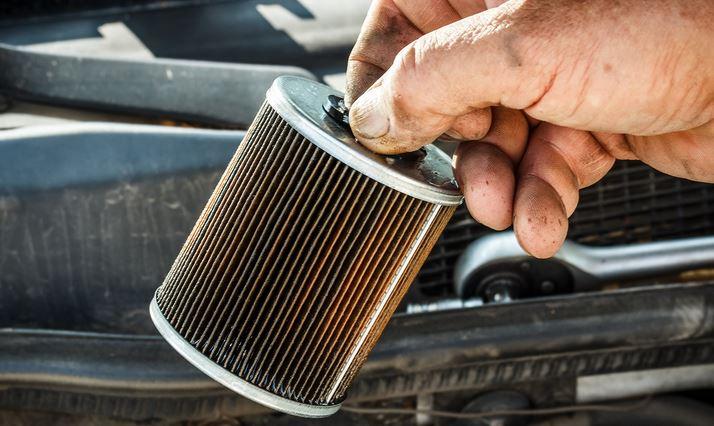https: img.okezone.com content 2021 08 14 52 2455510 wajib-tahu-ini-kegunaan-filter-bensin-pada-mobil-anda-H3DmrY8Myf.JPG