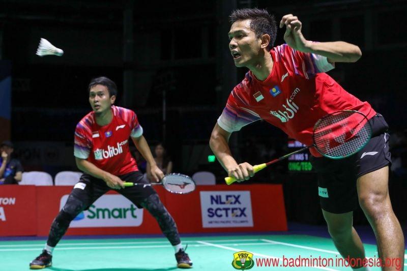 https: img.okezone.com content 2021 08 15 40 2455866 5-pebulu-tangkis-top-indonesia-ini-miliki-gelar-pendidikan-tinggi-nomor-1-peraih-emas-olimpiade-tokyo-2020-W2YBbWQyot.jpg