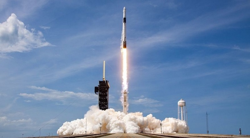 https: img.okezone.com content 2021 08 15 56 2455816 pasokan-stasiun-luar-angkasa-diluncurkan-ada-peralatan-membuat-pizza-n02riH8P4U.jpg