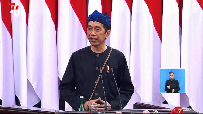 https: img.okezone.com content 2021 08 16 194 2456199 mengenal-jamang-sangsang-pakaian-khas-suku-badui-yang-dipakai-presiden-jokowi-h4rohiRGM8.jpeg