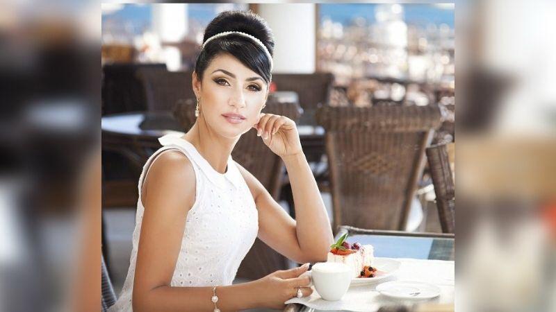 https: img.okezone.com content 2021 08 16 298 2456406 etika-makan-agar-perempuan-tetap-anggun-enggak-kelihatan-rakus-9Nq2GPRqYB.jpg