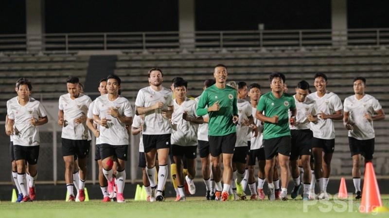 https: img.okezone.com content 2021 08 17 51 2456888 mantap-jakarta-international-stadium-bakal-jadi-home-base-timnas-indonesia-B6rQ1bMGiL.jpg