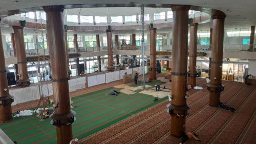 https: img.okezone.com content 2021 08 17 615 2456785 deretan-masjid-saksi-sejarah-perjuangan-kemerdekaan-indonesia-9toGebiAiX.jpg