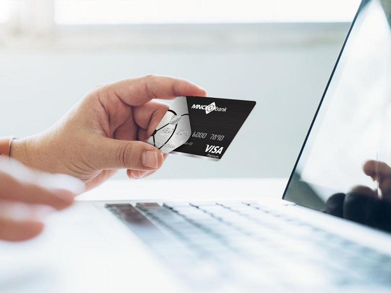 https: img.okezone.com content 2021 08 20 278 2458225 tumbuh-positif-transaksi-online-kartu-kredit-mnc-bank-babp-naik-13-I5UoxbI7ut.jpg