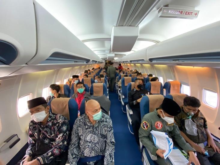 https: img.okezone.com content 2021 08 20 337 2458448 evakuasi-wni-dari-afghanistan-tni-au-kerahkan-13-awak-Xq4Z7xJlq4.jpg