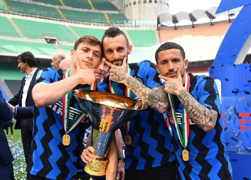 https: img.okezone.com content 2021 08 20 47 2458292 jadwal-pekan-perdana-liga-italia-2021-2022-minggu-ini-inter-milan-juventus-dan-ac-milan-bersua-tim-lemah-nUpoao1iwQ.jpg