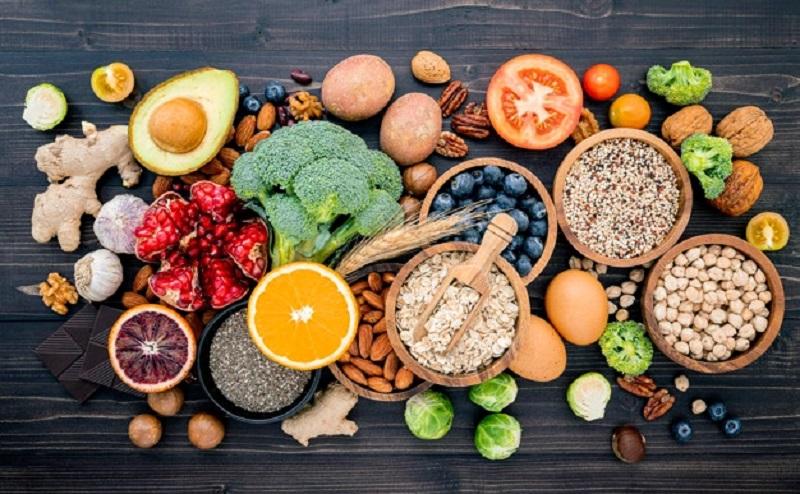 https: img.okezone.com content 2021 08 20 612 2458529 tips-meningkatkan-imunitas-salah-satunya-makan-sehat-WMXH0r2Bka.jpg