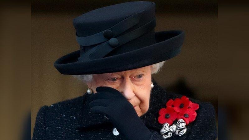 https: img.okezone.com content 2021 08 20 612 2458552 momen-ratu-elizabeth-ii-rindu-mendiang-pangeran-philip-bikin-hati-terpotek-0mXiavyJPo.jpg