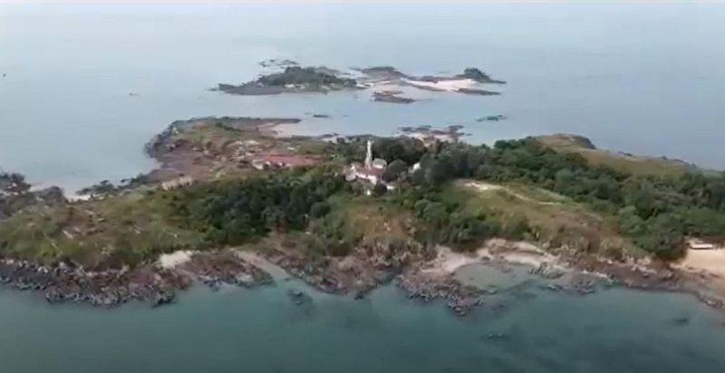 https: img.okezone.com content 2021 08 22 406 2459168 pulau-jemur-pulau-tersembunyi-yang-berbatasan-dengan-malaysia-y6NrnJkxJk.JPG