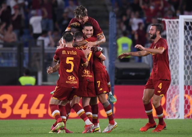 https: img.okezone.com content 2021 08 23 47 2459424 as-roma-vs-fiorentina-2-kartu-merah-warnai-kemenangan-i-lupi-G6iiGqVUTO.jpg