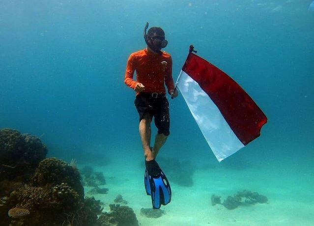 https: img.okezone.com content 2021 08 24 406 2460089 selayar-kembangkan-wisata-harta-karun-bawah-laut-ada-meriam-peninggalan-voc-W0nVcJ1NdI.JPG