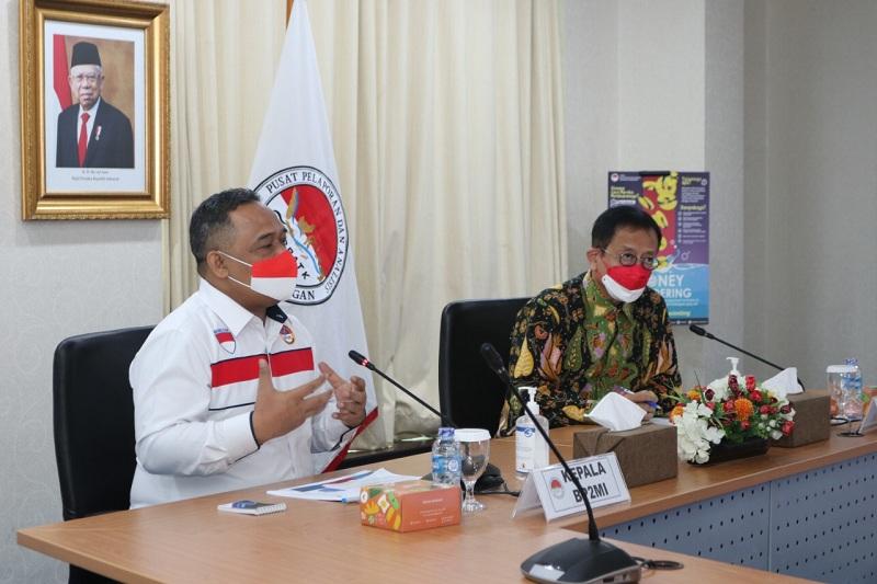 https: img.okezone.com content 2021 08 25 320 2460765 ppatk-dan-bp2mi-sepakat-tingkatkan-perlindungan-tenaga-kerja-migran-indonesia-Ezg2RaDPly.jpg