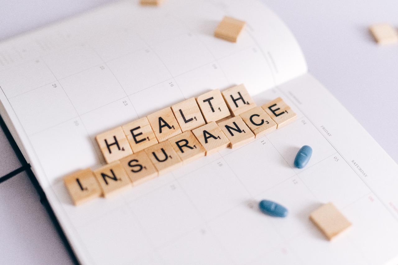 https: img.okezone.com content 2021 08 25 622 2461013 bingung-memilih-asuransi-yang-cocok-untuk-anda-konsultasikan-dengan-tim-mnc-life-di-sini-RHyMXTosec.jpg